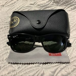 RayBan New Wayfarer blk green polarized sunglasses